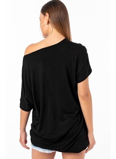 Emjey Omzu Kare Taşlı T-Shirt Siyah